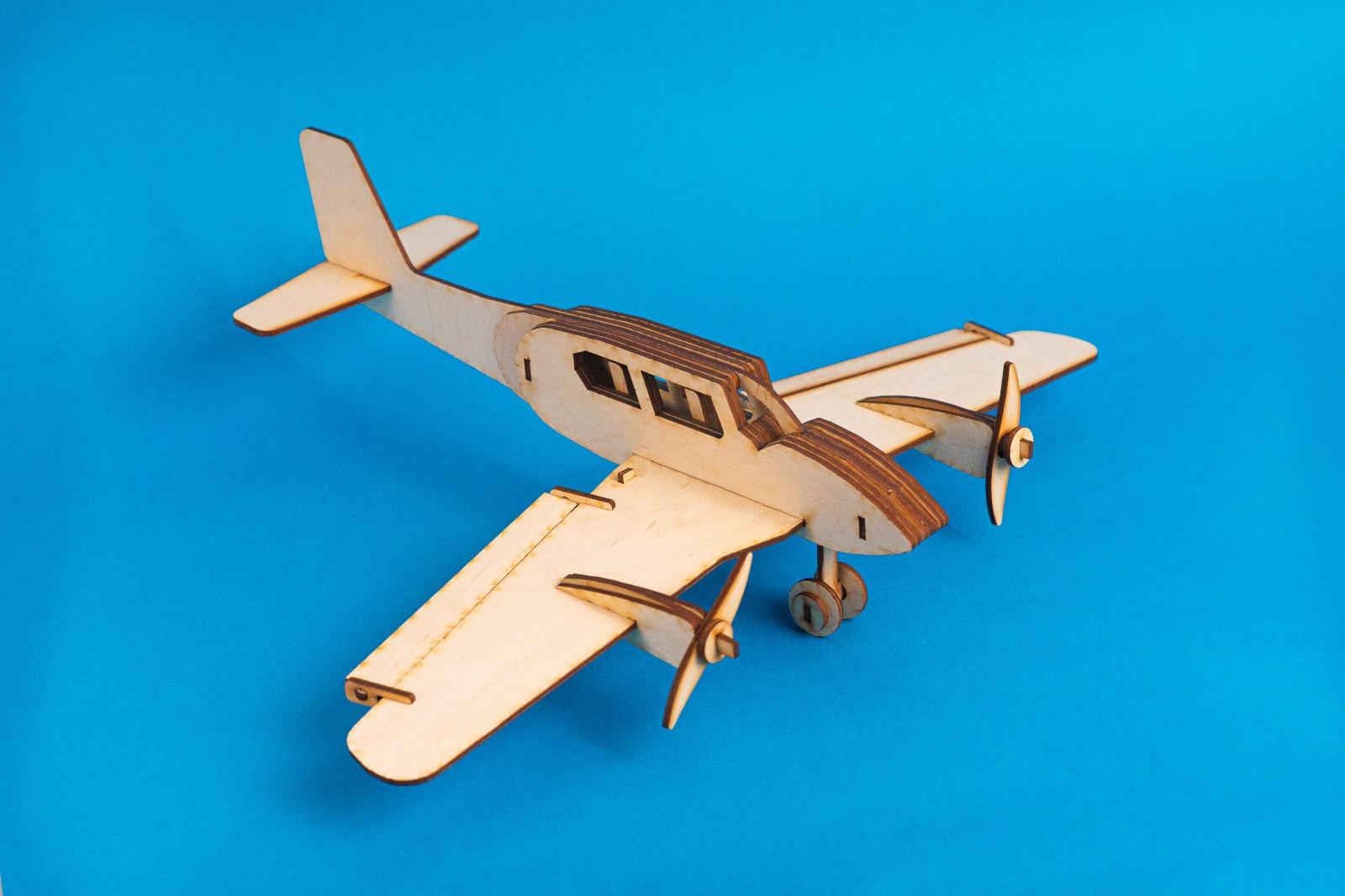 avion de lemn doti jucarii educative