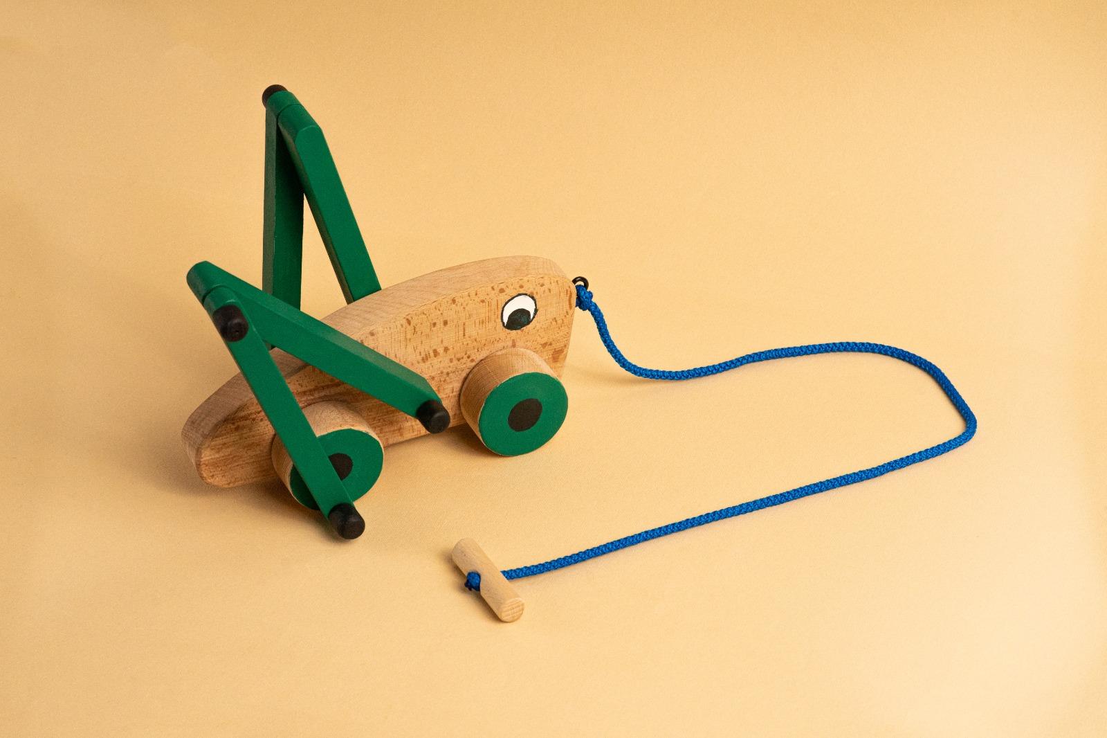 greiere doti de lemn - jucarii educative pentru copii